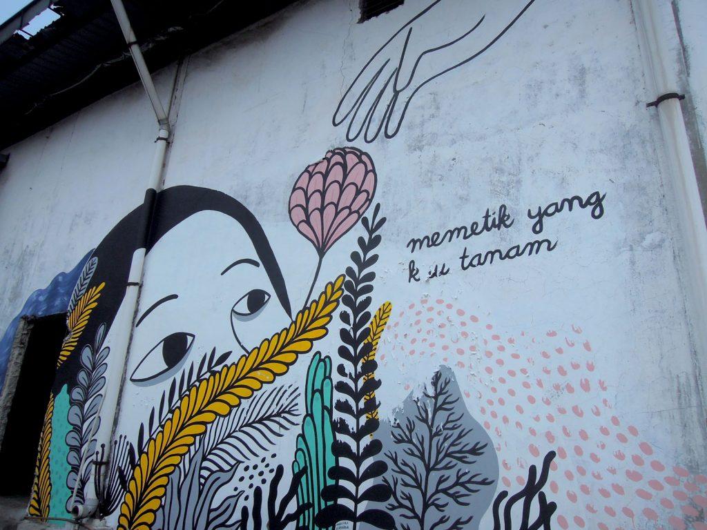 detail karya mural oleh Drawmama:Marishka Soekarna